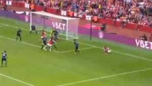 Burnley nije dugo izdržao: Lacazette pogodio za vodstvo Arsenala