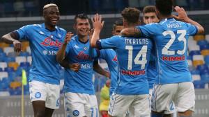 Napoli deklasirao Genovu, Milan slavio u gostima kod Crotonea