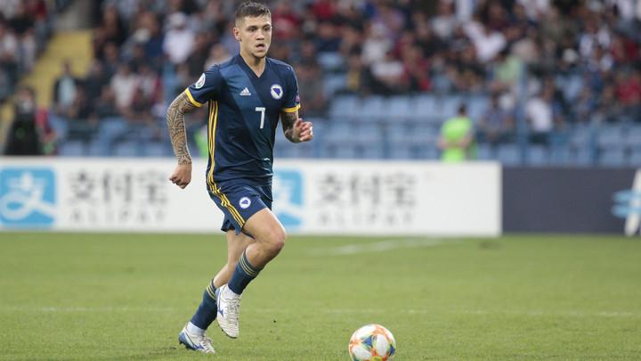 """Bešić nagovijestio transfer: """"To je nevjerovatan tim"""""""