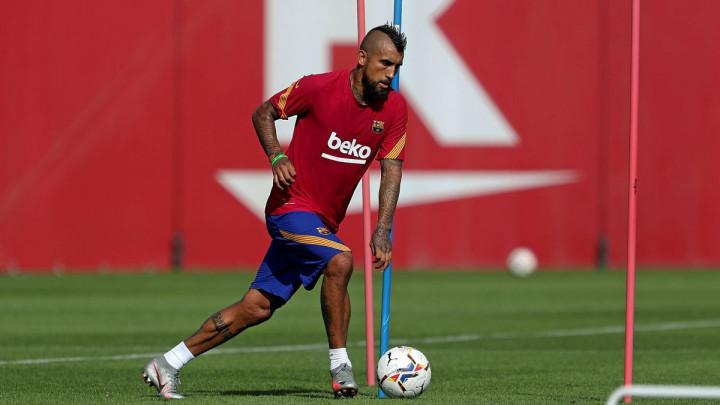 Gospodski potez Artura Vidala iako ga Barcelona nije tretirala baš najbolje