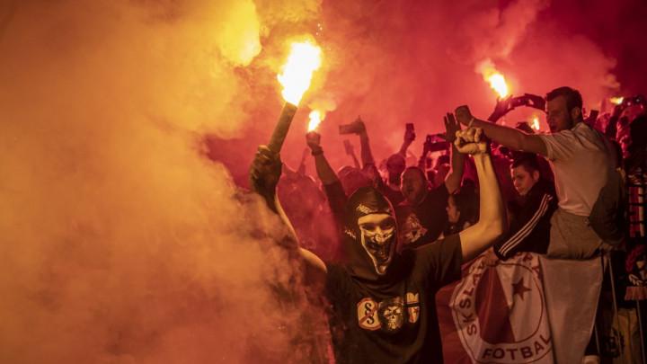 Fudbaleri Slavije podigli pehar, na ulicama Praga veliko slavlje