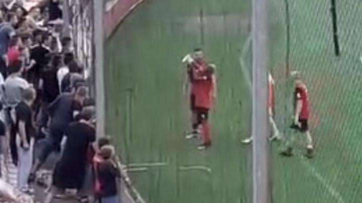 Kouadio vodio navijanje Robijaša nakon utakmice