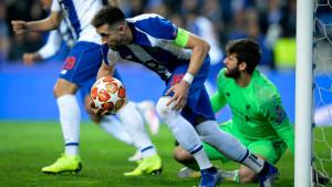 Atletico Madrid dogovorio sve sa kapitenom Porta, ali birokratija koči