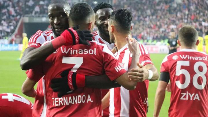 'Turski Leicester' nastavlja da gazi ka tituli prvaka