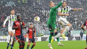 """Šest crvenih kartona, Romino """"demoliranje"""" Udinesea i Ronaldov penal za pobjedu Juventusa"""