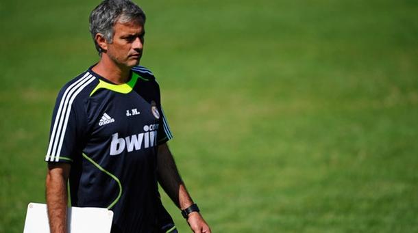 Mourinho na treningu uigravao defanzivnu formaciju