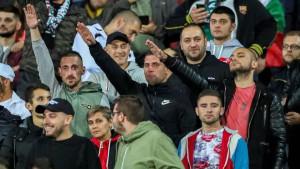 Fudbal je sinoć dobio šamar u Bugarskoj: Rasističko i nacističko orgijanje na tribinama u Sofiji