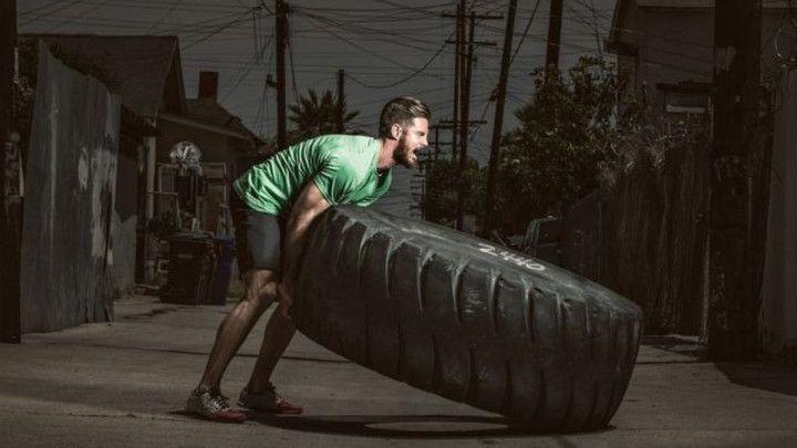 6 vježbi za trening s gumom - Fat Transporter