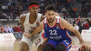 Micić i Larkin uništili Olympiakos u Pireju