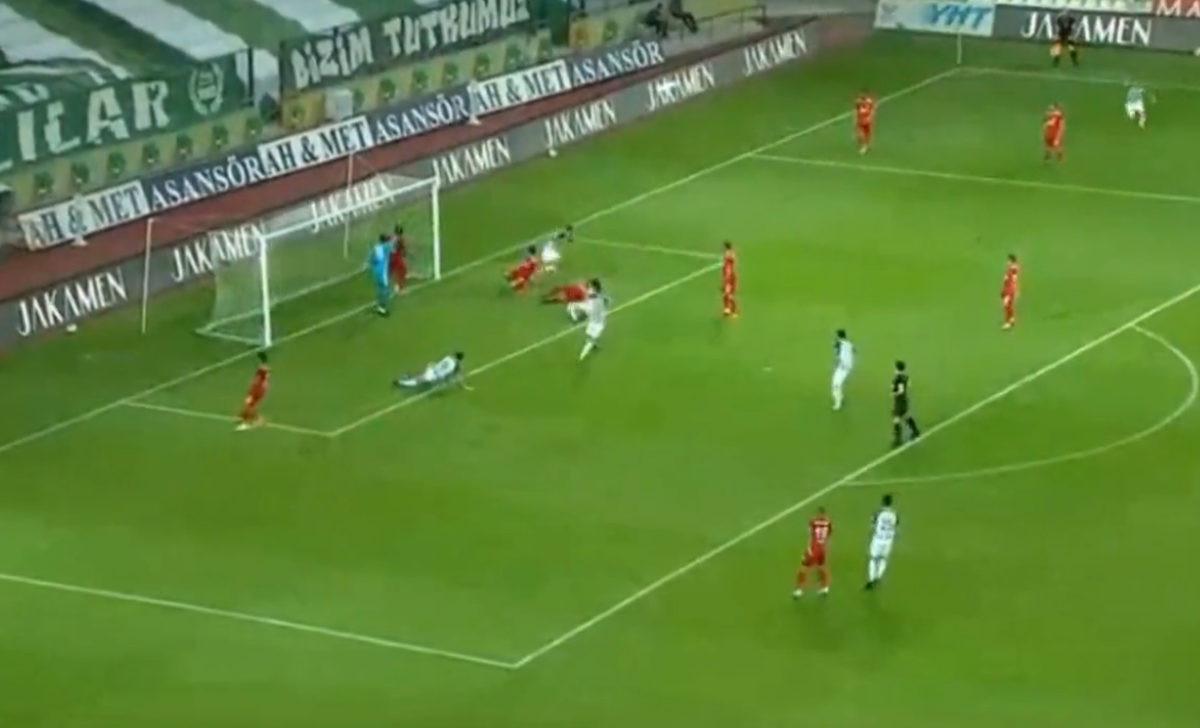 Milošević nikada nije postigao lakši pogodak, zasluge za to idu Hadžiahmetoviću