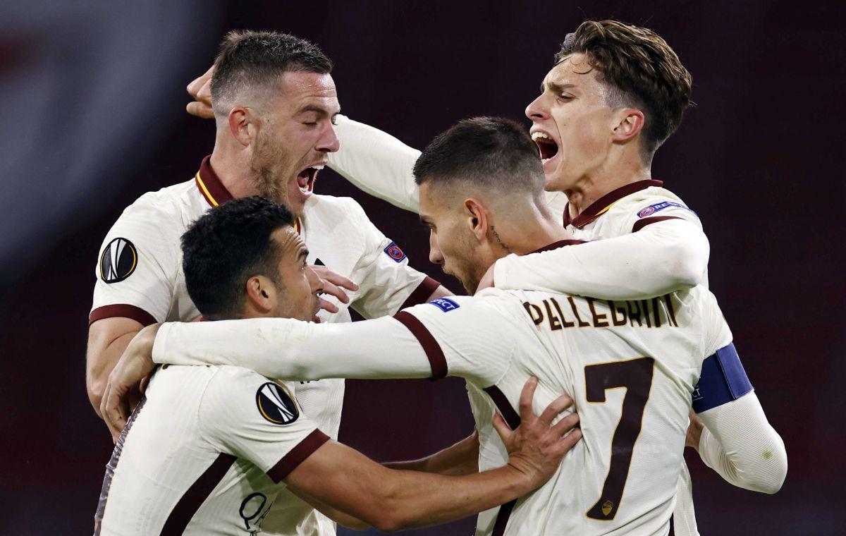 Veliki preokret Rome u Amsterdamu, Manchester United jednom nogom u polufinalu