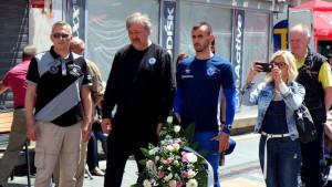 Amar Osim i Sulejman Krpić se poklonili žrtvama masakra na tuzlanskoj Kapiji