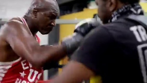 Mike Tyson izazvan: Dajmo ljudima ono što žele vidjeti!