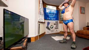 Fotografija navijača Evertona pokazuje kako će izgledati navijanje u nastavku 2020. godine