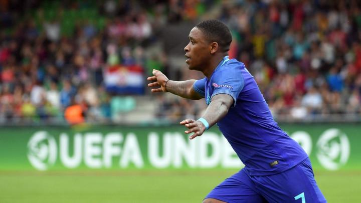Ajax želi igrača PSV-a, pa dobio surovu poruku: Ako nam ga 'ukradete', čitav budžet dajemo za Mouru