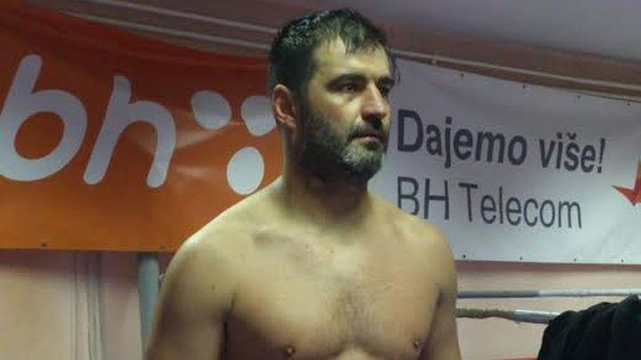 Redžović protiv Toma Schwarza u meču za WBO titulu