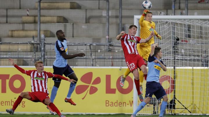 Borussia doživjela poraz u najgorem mogućem trenutku