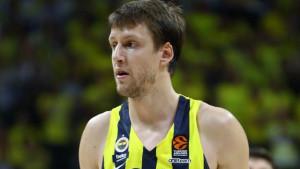 Potpredsjednik Fenerbahcea: Vesely je sretan u Istanbulu, navijači ne trebaju brinuti