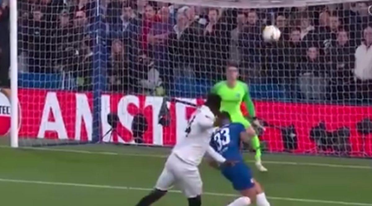 Kepa briljira na otvaranju duela na Stamford Bridgeu