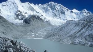 Dva vrhunska alpinista zarobljena na 7000 metara nadmorske visine: Mole Boga i čekaju čudo