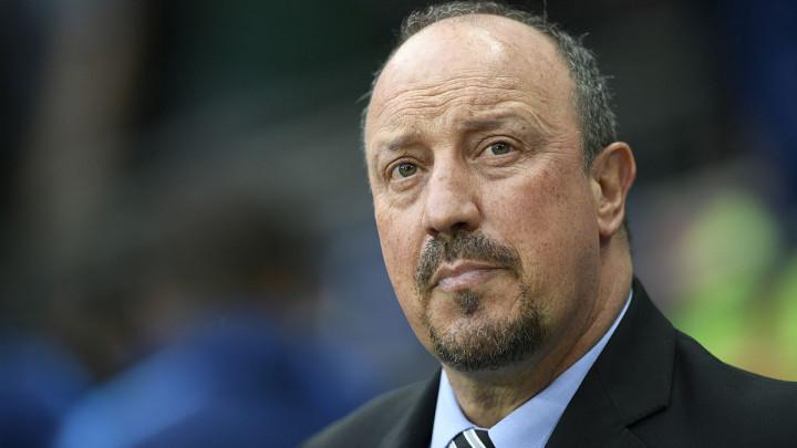 Newcastle ipak staje uz Beniteza