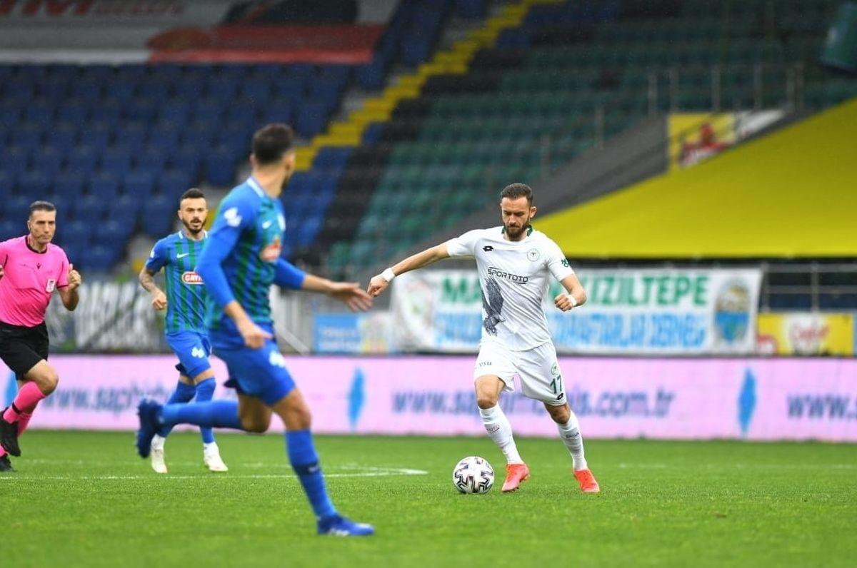Ludnica, preokreti i osam golova u duelu Rizespora i Konyaspora
