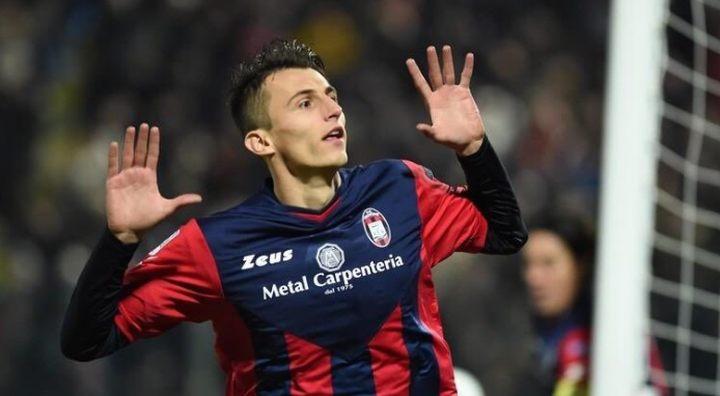 Budimir postigao gol na Nou Campu, Barca prejaka za Sampu