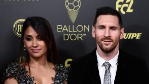 Lionel Messi u pratnji porodice stigao po šestu Zlatnu loptu