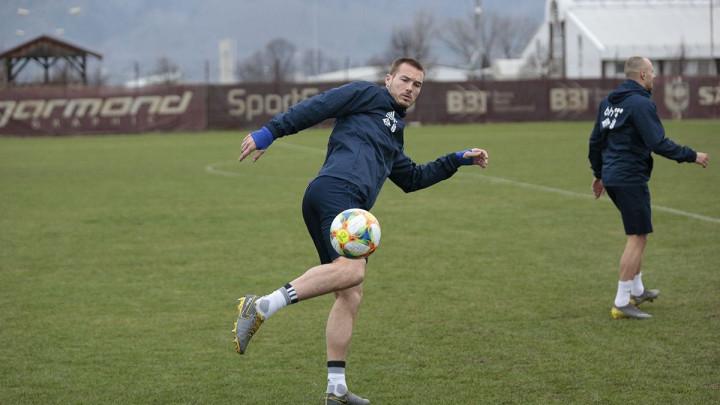 Trojica igrača Dinama pozitivna, oglasio se i Toni Šunjić