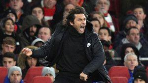 Conte napravio haos na press konfereciji zbog Hazarda
