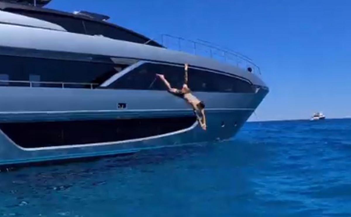 """Ibrahimović se nije proslavio skokom na glavu: """"Lav na kopnu, ajkula u moru"""""""