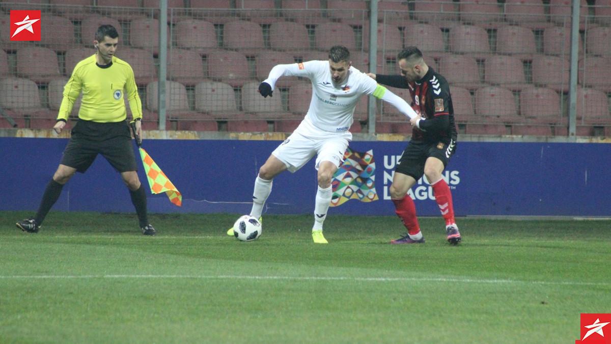 Isaković ostaje u Premijer ligi?
