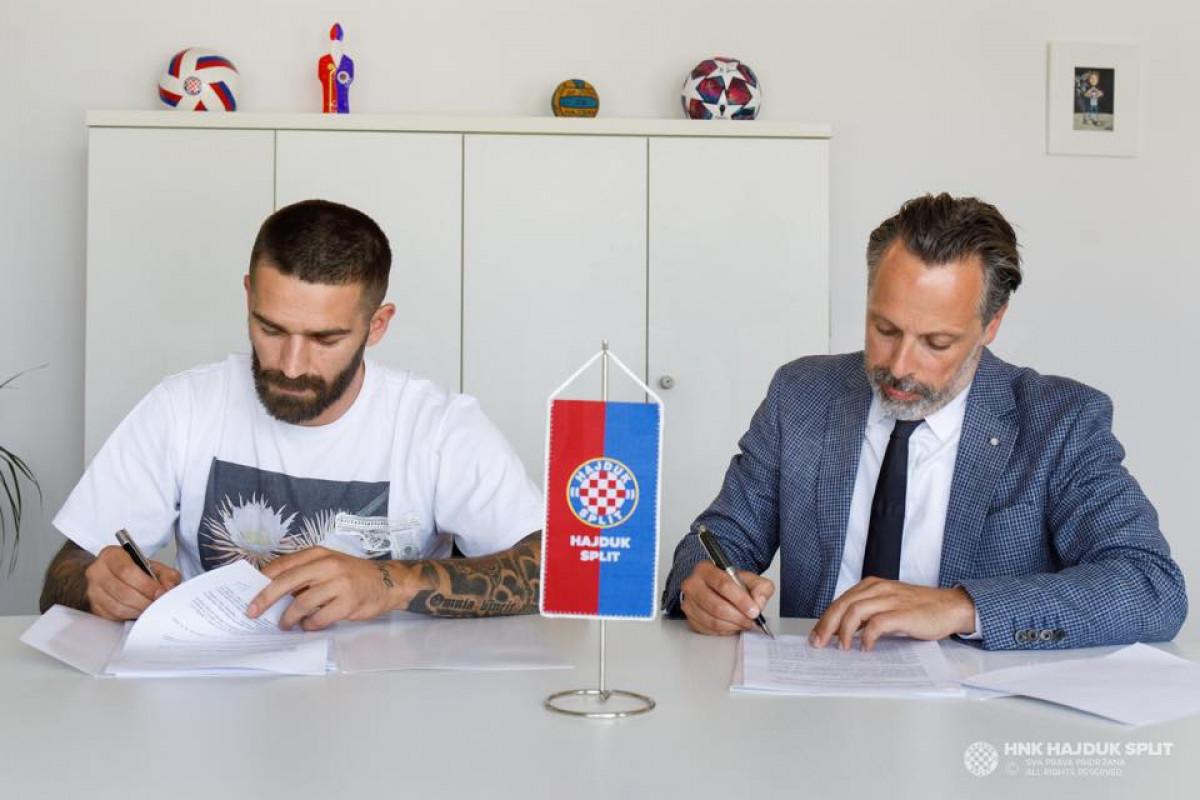 Navijači Hajduka uspjeli privoliti Livaju, supruga objavila poruku o kojoj se priča