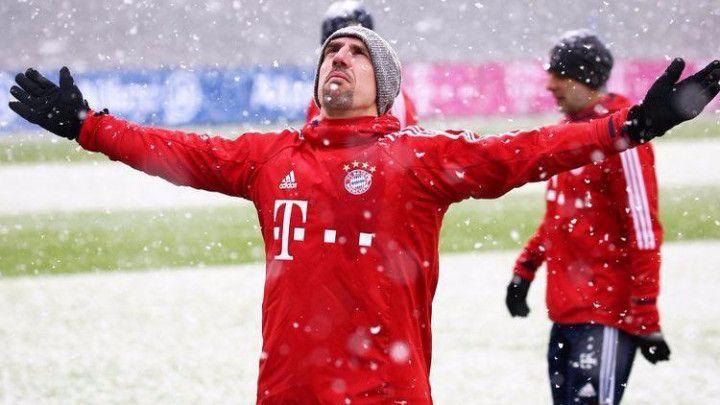Igrači Bayerna uživali u snijegu