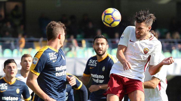 Džeko se napromašivao, Roma slavila u Veroni sa igračem manje