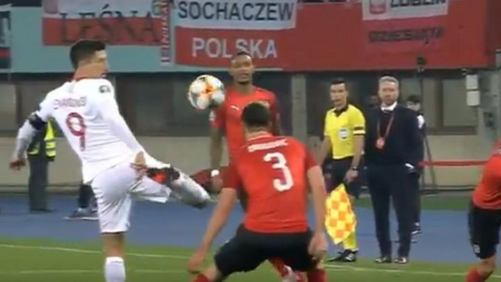 Majstorija Lewandowskog: Ovakav potez zaslužuje aplauze navijača, bez obzira na čijoj su strani