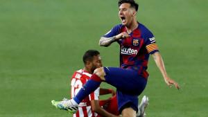 Tri penala, autogol, festival grešaka i remi Barcelone i Atletica