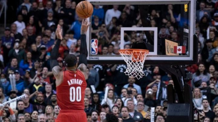 Melo pogodio za pobjedu Portlanda protiv prvaka, Lakersi razbili Knickse