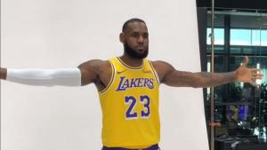 LeBron se po prvi put pojavio u dresu Lakersa