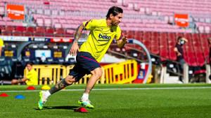 Barcelona se nakon tri mjeseca vratila na Camp Nou, trenirao i Lionel Messi