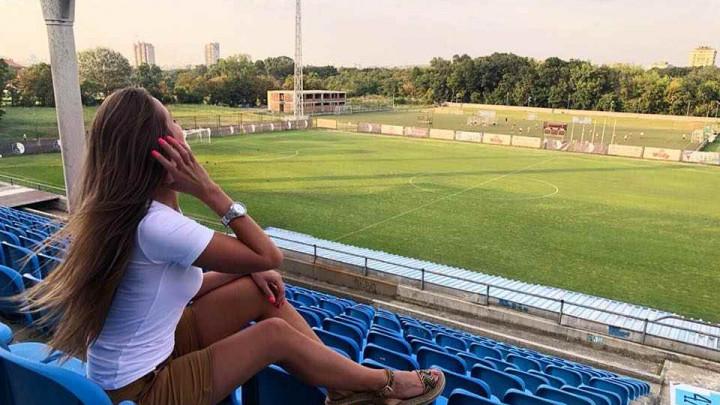 Kada menadžerica marketinga FK Rad uđe na stadion, fudbal je u drugom planu