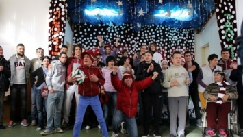 FK Sarajevo paketićima obradovao djecu Zavoda Pazarić