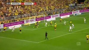 Ludi start u Dortmundu: Augsburg poveo u 30. sekundi meča, Borussia brzo izjednačila