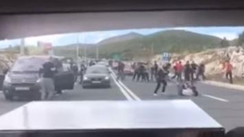 Strašne scene: Okršaj Armade i Torcide u Dugopolju