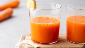 7 koristi soka od mrkve: Zašto trebate piti ovo povrće