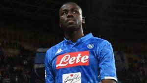 Hoće li De Laurentiis popustiti? Manchester City spremio ponudu za Kalidoua Koulibalyja