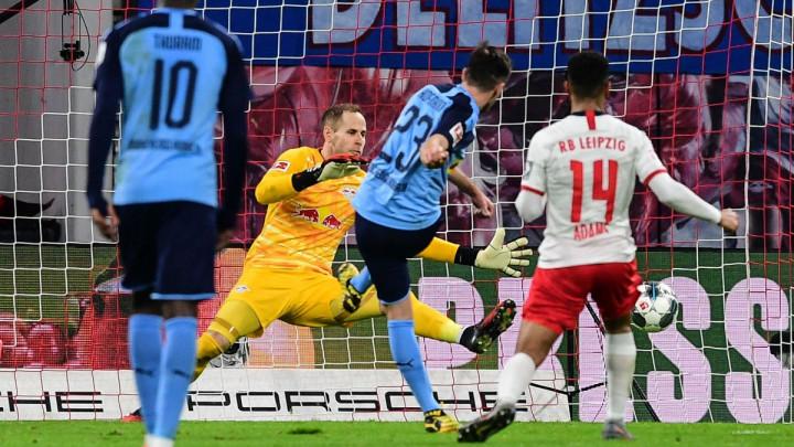 Olmo debitovao, RB Leipzig prepustio Bayernu vrh