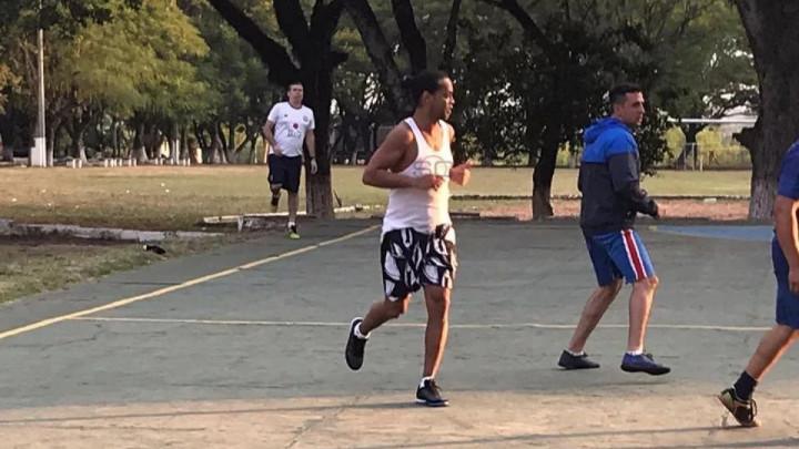 """Ronaldinho osvanuo na """"PES-u"""" u zatvorskoj uniformi"""
