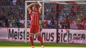 Bayernov sastav izazvao čuđenje, ali i kao takav vodi protiv Eintrachta