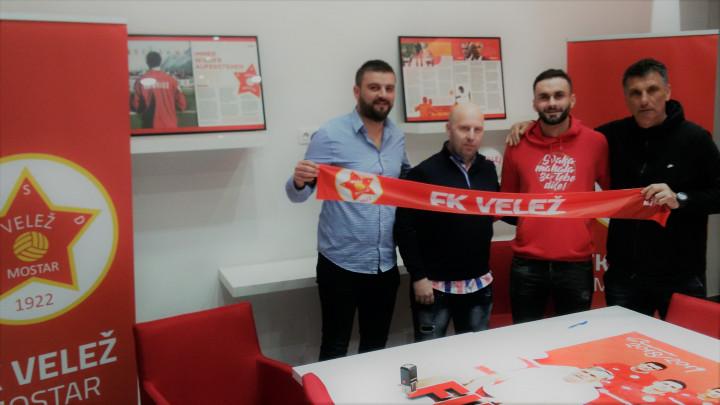 Berisha i zvanično u FK Velež!